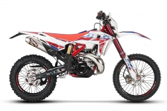 2018 Race Edition-2-Stroke-Right Hi Res